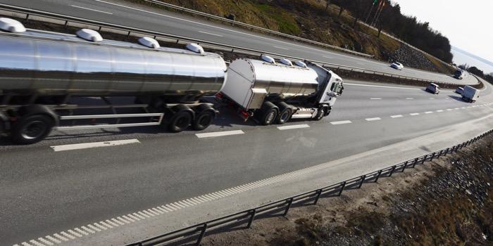 Road Tanker_45686787_original copy 2